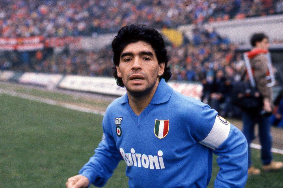 Diego Maradona con Napoli, el club con el que más brilló.
