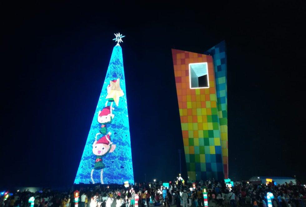 Árbol de Navidad más grande de Colombia: ¡Así fue el encendido del árbol de Navidad más grande de Colombia!