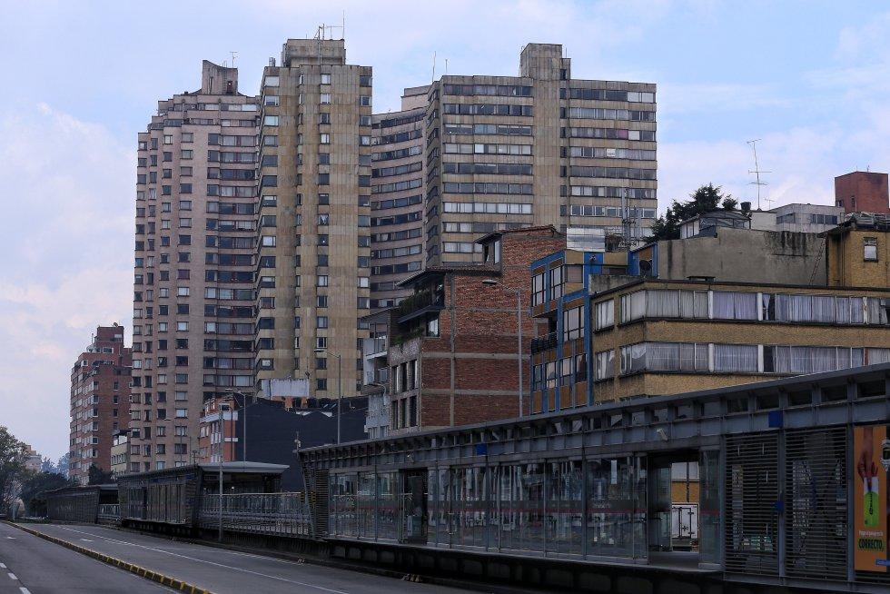 Así se veían las calles de Bogotá el pasado 6 de abril de 2020 en medio de la cuarentena que se adelantaba en el país para contener el COVID-19