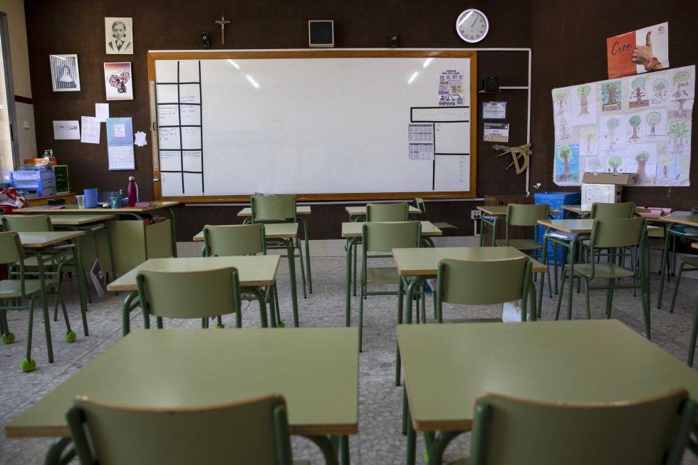 Colegios y universidades cerraron sus puertas, con el fin de proteger a los estudiantes y evitar la propagación del virus.