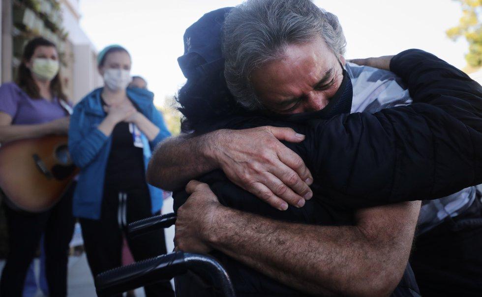 En medio de la pandemia abrazar a nuestros seres queridos es un privilegio.