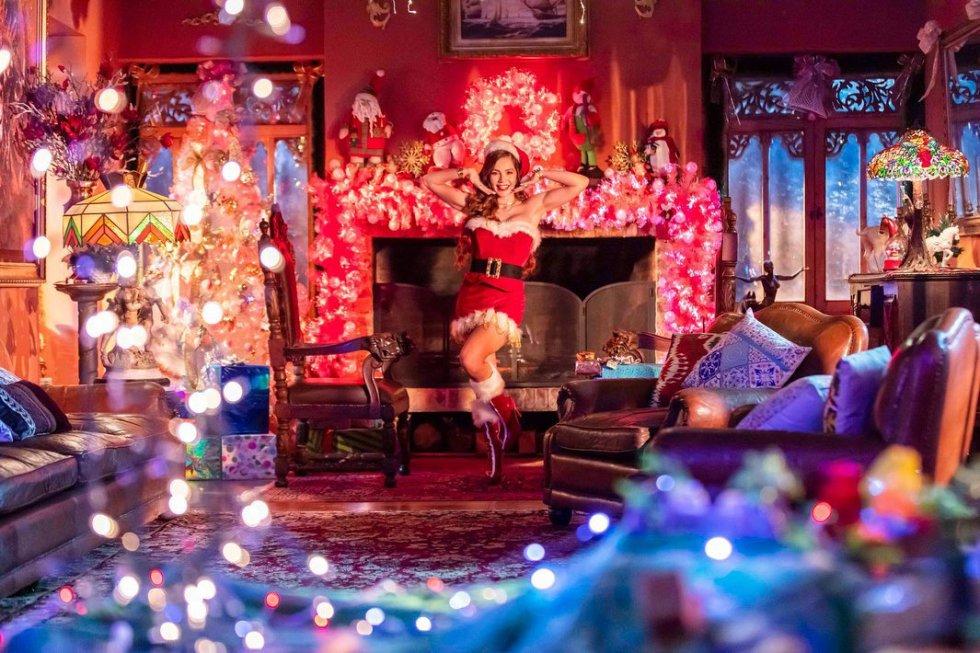 La actriz Lina Tejeiro disfrutó de la noche de Navidad en su nuevo y lujoso apartamente