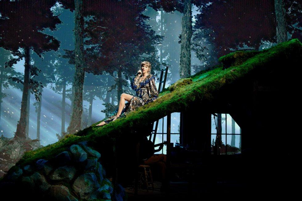 Presentación Taylor Swift durante la ceremonia 63 de los premios Grammy
