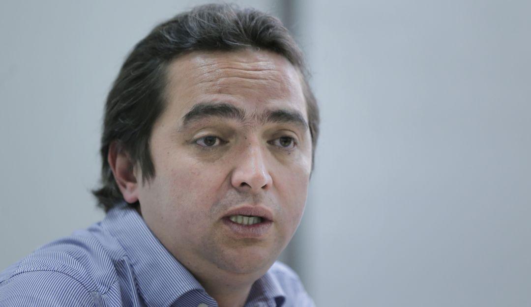 """Reforma tributaria 2021 Colombia: """"Yo mismo me senté con el presidente Uribe y le mostré la reforma""""   6AM Hoy por Hoy    Caracol Radio"""