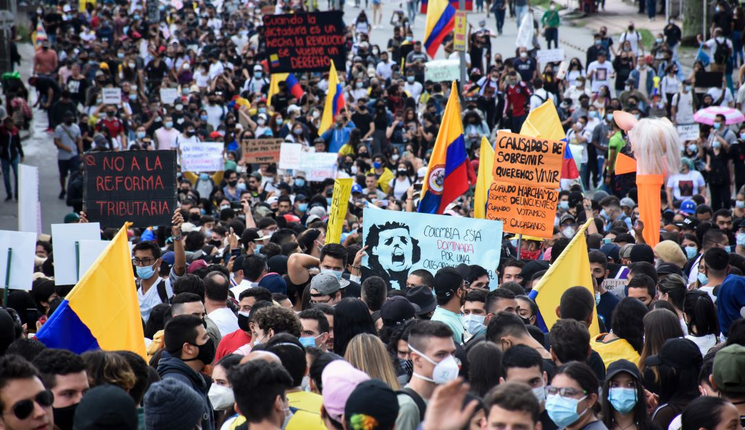 EN VIVO Paro nacional 29A VIDEOS: Paro Nacional minuto a minuto: se  presentan bloqueos en TransMilenio | Nacional | Caracol Radio