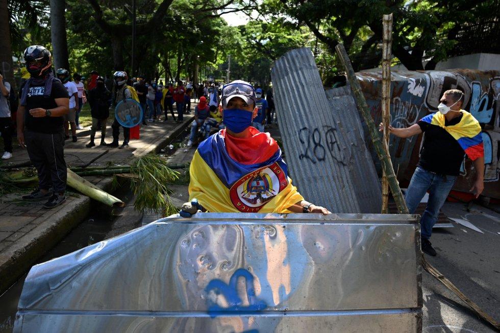 La atención de las protestas se centró en Cali, barrios como Siloé y Calipso. Pero también en Puerto resistencia el corazón de las manifestaciones en Colombia.