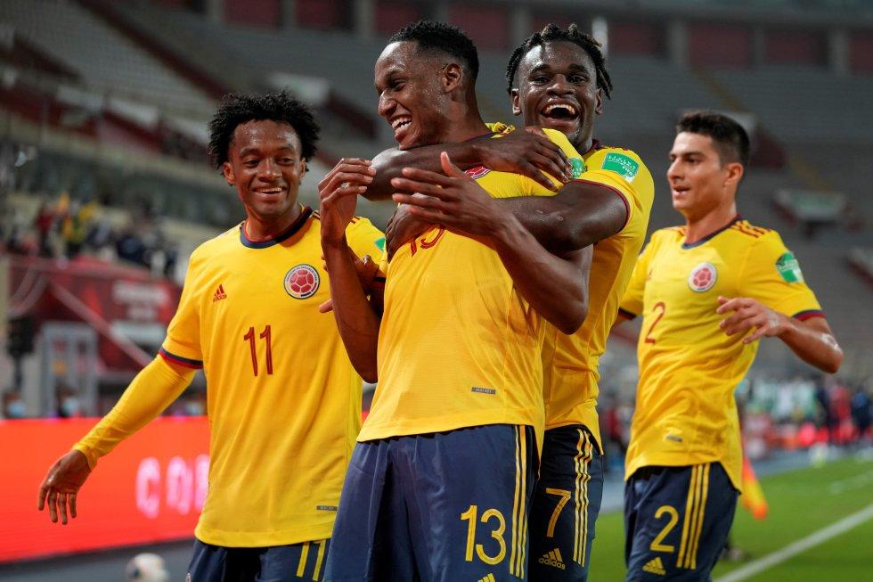 Celebración del gol de Yerry MIna