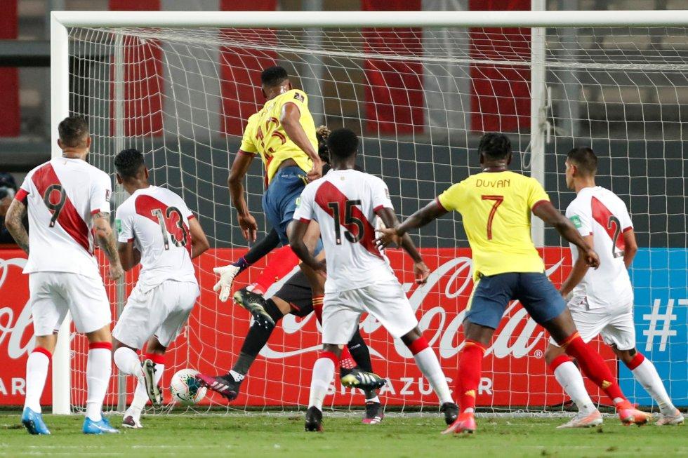 Momento del gol de Yerry Mina
