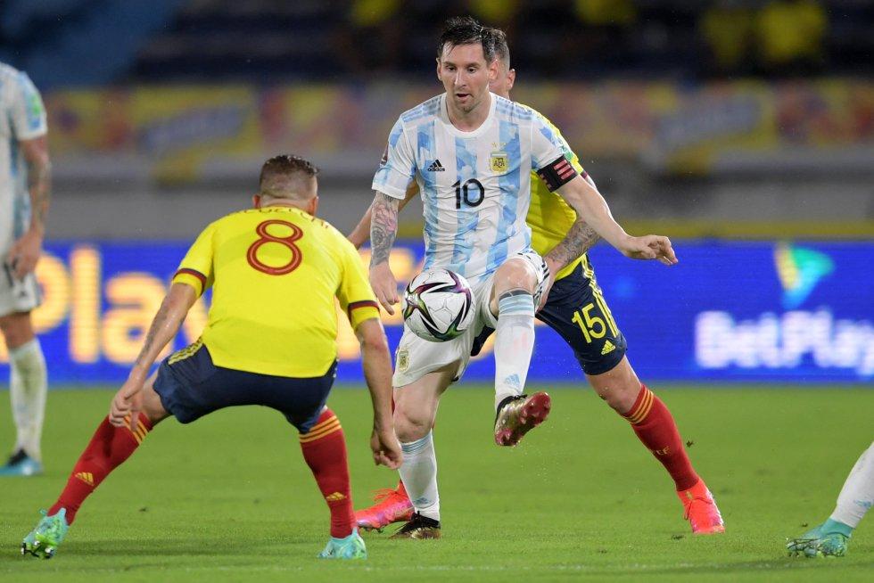 Lionel Messi y Gustavo Cuéllar