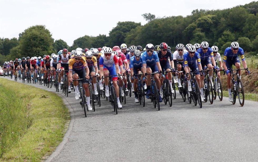 Pelotón en la primera etapa del Tour de Francia