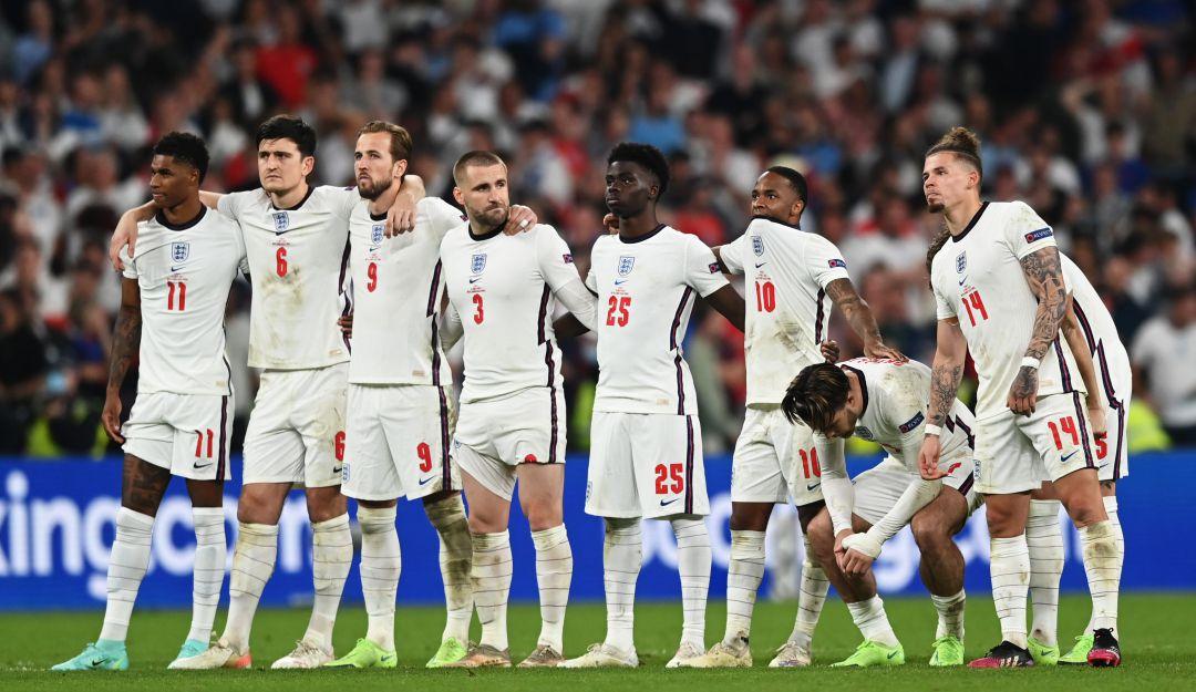 Inglaterra durante la tanda de penaltis de la final. Imagen: Getty Images