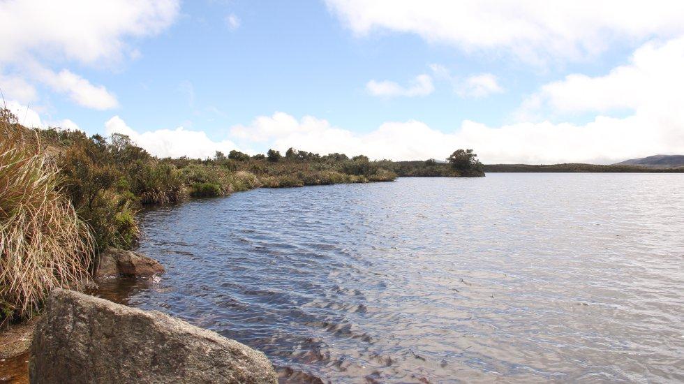 La laguna Verde, uno de los 80 cuerpos de agua que resguarda el páramo de Guerrero, está protegida por un hechizo ancestral de los muiscas