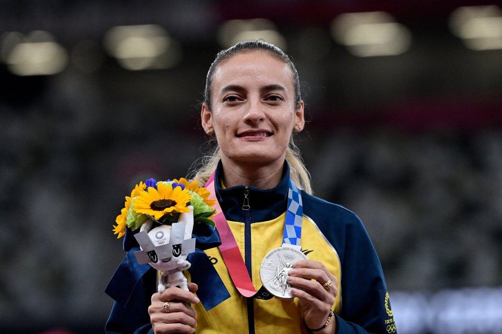Lorena Arenas con la medalla de plata en los Juegos Olímpicos de Tokio 2020