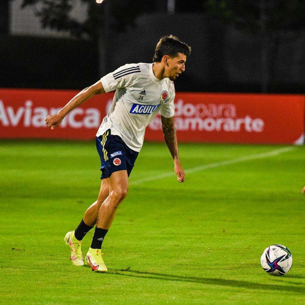 Daniel Muñoz, lateral de la Selección Colombia.
